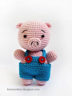amigurumi pig pattern.