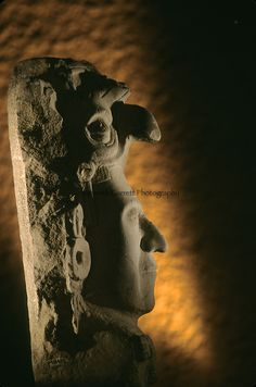 Maya; Palenque; Ancient Cultures; The Americas; Archaeology; Mexico; Meso America, ruler, figure, artifact, bird headdress