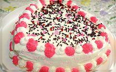Valentin's Heart Cake/Gateau Coeur Saint Valentin-Sousoukitchen http://youtu.be/tnmiX9pU-Qw