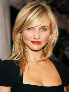 Amazing Hairstyles with Side Swept Bangs 2018 Hairstyles Short how to cut side swept bangs for thin hair - Thin Hair Cuts Bangs With Medium Hair, Medium Hair Cuts, Medium Hair Styles, Curly Hair Styles, Medium Blonde, Side Bangs Hairstyles, My Hairstyle, Cool Hairstyles, Celebrity Hairstyles
