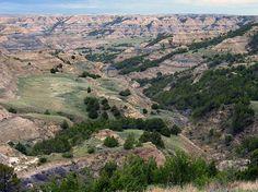 Badlands in Theodore Roosevelt National Park,North Dakota