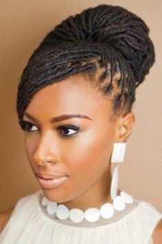 This natural hairstyle is everything. We certainly approve and encourage! Love.