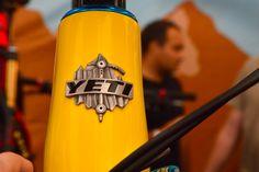 logo blason yeti cycles