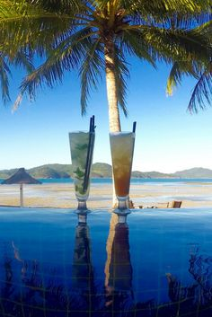 Two cocktails and an infinity pool... what better way to experience Hamilton Island than with a view like this? Check out our review of the adult-only Beach Club here.