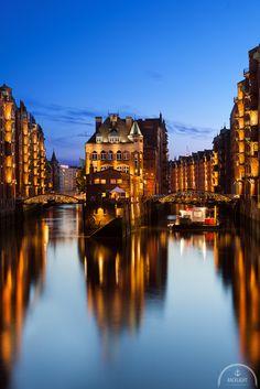 Wasserschloss Hamburg. Mehr Bilder unter: http://www.backlightphotography.de/fotospots-in-hamburg/