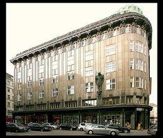Magnum Opus, Apartment Plans, Eastern Europe, Austria, 19th Century, Facade, Cool Designs, Louvre, Street View