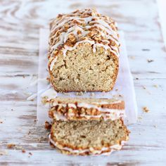 An extra moist olive oil apple walnut cake. Very easy to make, it screams to be added to a brunch table. It keeps well and is perfect for fall baking.