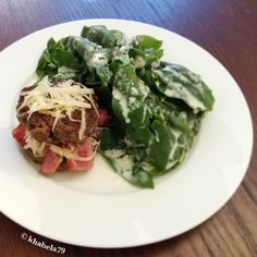 Keto Dinner – Inside Out Bacon Burger with Spinach Salad