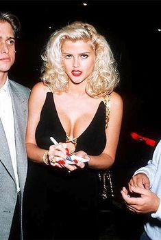 Anna Nicole Smith, Ann Nicole, Classic Beauty, 90s Fashion, Lady, Retro, Role Models, My Idol, Supermodels
