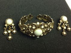 REDUCED!! WAS $125.......NOW $95!    Offered is this 1940s signed demi parure by HOLLYCRAFT. This is a beautiful set done in an ornate Baroque