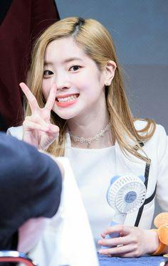 Kim Da Hyun - Twice (Dahyun) Nayeon, Pop Group, Girl Group, G Drive, Twice Once, Twice Dahyun, Korean Singer, Mom And Dad, Kpop Girls