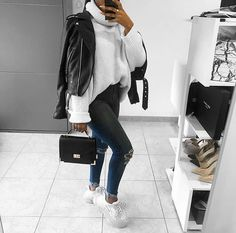 Image may contain: one person or more and shoes Source by outfits elegant Uni Outfits, Casual Winter Outfits, Winter Fashion Outfits, College Outfits, Mode Outfits, Everyday Outfits, Fall Outfits, Autumn Fashion, Skirt Outfits
