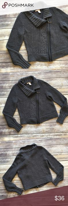 """DKNY Cable Knit Zip up sweater DKNY Cable Knit Zip up sweater. Measures pit to pit 19""""/ length 20"""" DKNY Sweaters"""