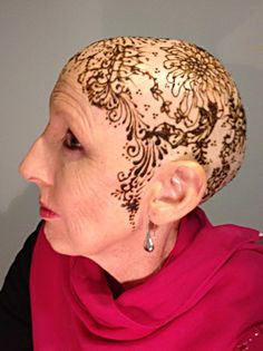 Henna Crown for Trisha by Henna Harpy (photo courtesy of Trisha Taylor)