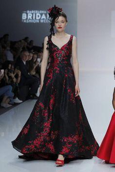 Cymbeline 2019. Paris Mode, Formal Dresses, Wedding Dresses, Style, Fashion, Haute Couture, Dress Ideas, Weddings, Romantic Dresses