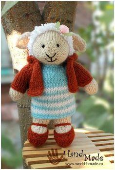 Lamb associated with needles. Knitting Designs, Knitting Patterns Free, Free Pattern, Crochet Patterns, Knitted Dolls, Crochet Toys, Free Crochet, Little Cotton Rabbits, Original Design