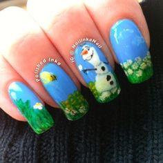 Disney Frozen - Olaf! Finally some cute Disney movie nails!