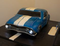 Custom Sports Car Groom's Cake www.thesweetcakecompany.com