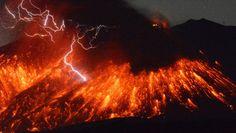 """""""Japan: Vulkan Sakurajima spektakulär ausgebrochen"""""""