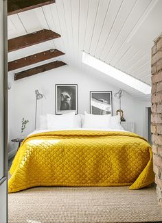Attic Bedroom With A Touch Of Yellow Daily Dream Decor