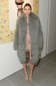 Whitney Port dons an oversized grey furry coat at Coach LFW bash Love Fashion, Fashion Models, Fashion Trends, Whitney Port, Milan Fashion Weeks, London Fashion, Winter Wear, Fall Winter, Work Wardrobe