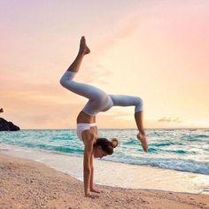 yoga photography ~ yoga & yoga poses & yoga poses for beginners & yoga fitness & yoga quotes & yoga inspiration & yoga photography & yoga outfit Kundalini Yoga, Yin Yoga, Yoga Meditation, Yoga Mantras, Namaste Yoga, Yoga Zen, Yoga Quotes, Outdoor Yoga, Outdoor Men