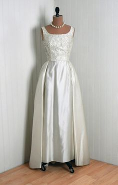 Wedding Dress from 1960s, from Timeless Vixen Vintage and omgthatdress