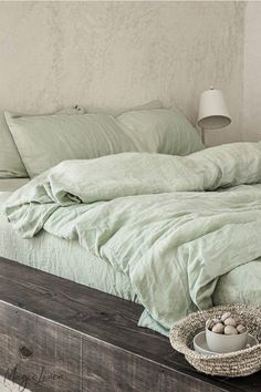 Sage Green Bedroom, Green Bedding, Green Rooms, Linen Sheets, Bed Linen Sets, Linen Duvet, Sheets Bedding, Cotton Sheets, Linen Fabric
