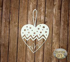 "Laser Cut Chipboard ""Christmas tree toy ""Heart"" [10]"" by SiberianDIYcraftsArt on Etsy"