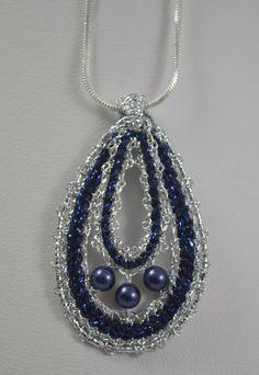 Bobbin Lacemaking, Lace Art, Lace Jewelry, Lace Making, Jewelry Patterns, Beaded Lace, Lace Detail, Machine Embroidery, Arizona
