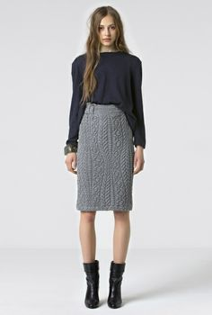SKIRT LUNG GRAY OR BLACK in the group All items / Knits at Rodebjer Form AB (1310014_900_Lr)