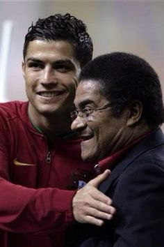 """RIP Eusebio, wonderful footballer and genuinely modest ambassador for both Portuguese football and Benfica. Ronaldo posted a photo of the pair together, calling him """"always eternal"""". Cristiano Ronaldo, World Football, Football Soccer, Portugal Soccer, Best Places To Vacation, International Soccer, Portuguese Language, Portuguese Culture, Fc Porto"""