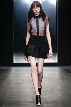 Vera Wang Spring 2016 Ready-to-Wear Collection Photos - Vogue