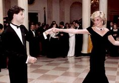 travolta wedding crash | Diana, Princess of Wales dancing with John Travolta at a White House ...