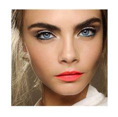 Caras Makeup