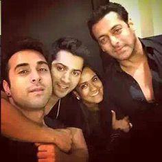 Salman Khan, Bollywood, Big Big, Couple Photos, Couples, Fan, Couple Shots, Couple Photography, Couple