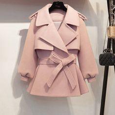 Girls Fashion Clothes, Winter Fashion Outfits, Look Fashion, Winter Coat Outfits, Iranian Women Fashion, Mode Hijab, Winter Coats Women, Mantel, Ideias Fashion