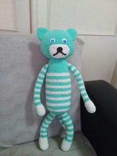 Amigurumi oyuncak kedicik