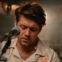 Niall Horam, One Direction Photos, James Horan, Brown Aesthetic, Guinness, Che Guevara, Husband, Board, Prints