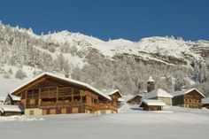 Le Grand Bornand Village IV - 2 Star #Apartments - $81 - #Hotels #France #LeGrand-Bornand http://www.justigo.co.za/hotels/france/le-grand-bornand/le-grand-bornand-village-iv_52496.html