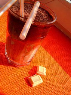 Mrożona kawa z białą czekoladą
