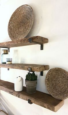 Wall shelf Rough with unique VET carriers - Home Room Design, Dining Room Design, Diy Room Decor, Living Room Decor, Black Floating Shelves, Deco Restaurant, Fashion Room, Wall Shelves, Home Decor Inspiration