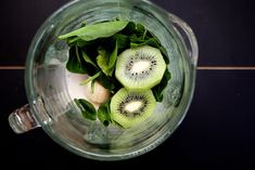 This looks great, especially because spinach, when added to other smoothies, will always turn it green. So might as well make a purposefully green smoothie. Spinach, Kiwi & Chia Seed Smoothie by joythebaker Chia Seed Smoothie, Kiwi Smoothie, Smoothie Drinks, Healthy Smoothies, Healthy Drinks, Smoothie Recipes, Healthy Snacks, Healthy Eating, Healthy Recipes