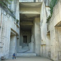 limestone quarry turned gigantic slideshow space: Carrières de Lumières (Quarries of Lights) near Les Baux-de-Provence