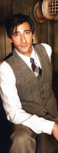 Adrian Brody looking really handsome...