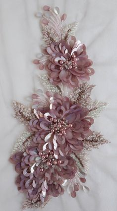 Wonderful Ribbon Embroidery Flowers by Hand Ideas. Enchanting Ribbon Embroidery Flowers by Hand Ideas. Tambour Beading, Tambour Embroidery, Bead Embroidery Patterns, Hand Work Embroidery, Couture Embroidery, Silk Ribbon Embroidery, Embroidery Fashion, Hand Embroidery Designs, Embroidery Thread