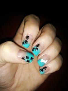 Nail Art Designs and dogs Dog Nail Art, Animal Nail Art, Dog Nails, Cute Nail Art, Nail Art Diy, Cute Nails, Pretty Nails, Dog Art, Paw Print Nails