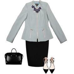 Un saco azul cielo le dará un toque chic a tu #outfit  #Moda