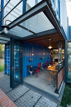 Looking for how to renovate shipping container into house, Shop, Garage or Workshop? Here are extensive shipping Container Houses Ideas for you! shipping container homes Container Home Designs, Café Container, Container Coffee Shop, Container Architecture, Container Buildings, Sustainable Architecture, Shipping Container Interior, Shipping Container Restaurant, Shipping Container Homes