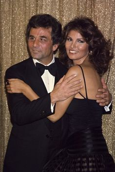 Peter Falk and Raquel Welch at the Golden Globe Awards held in the Beverly Hilton Hotel, Jan. May I be that woman? Raquel Welch, Hollywood Stars, Classic Hollywood, Old Hollywood, Illinois, Mrs Columbo, Peter Falk, Faye Dunaway, Actrices Hollywood